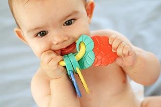 Image result for علایم دندان درآوردن نوزاد