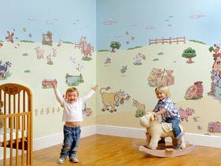 استیکر، وسیله ای آسان برای تزئین اتاق کودک