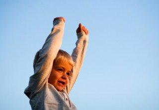 آموختن اعتماد به نفس به کودک