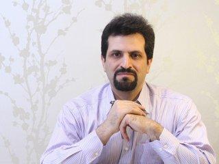 مصاحبه با دکتر احمدی در باره عمل جراحی چال گونه