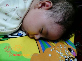 علی احسان جونه مامانی خوابه